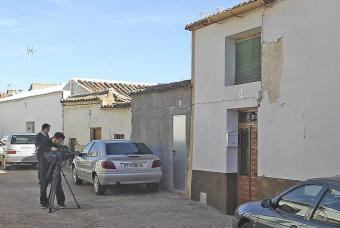 20101115140200-casa-policia-localizo-mujer-desnutrida-1-.jpg